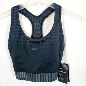 Nike Pro Hypercool Black Sports Bra Size L NWT